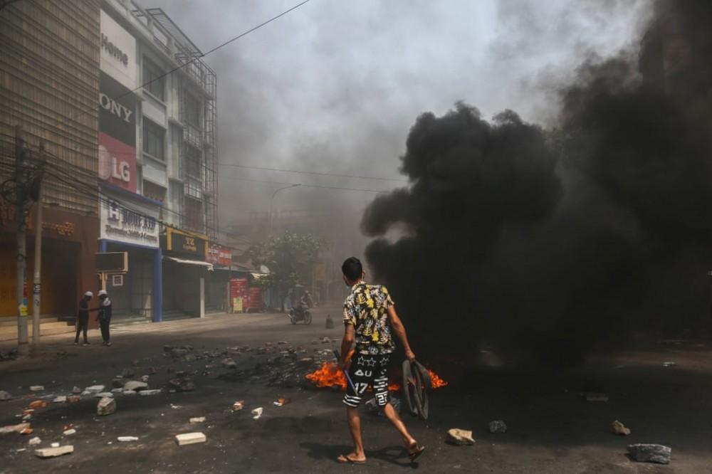 Tình hình Myanmar: Bất ngờ phê duyệt nhiều dự án đầu tư nước ngoài; Xung đột vẫn khiến 16 binh sỹ thiệt mạng Ảnh 1