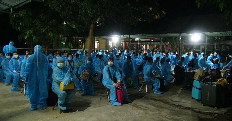 Quảng ngãi tiếp nhận 236 công dân lao động từ nước ngoài về cách ly tập trung Ảnh 1