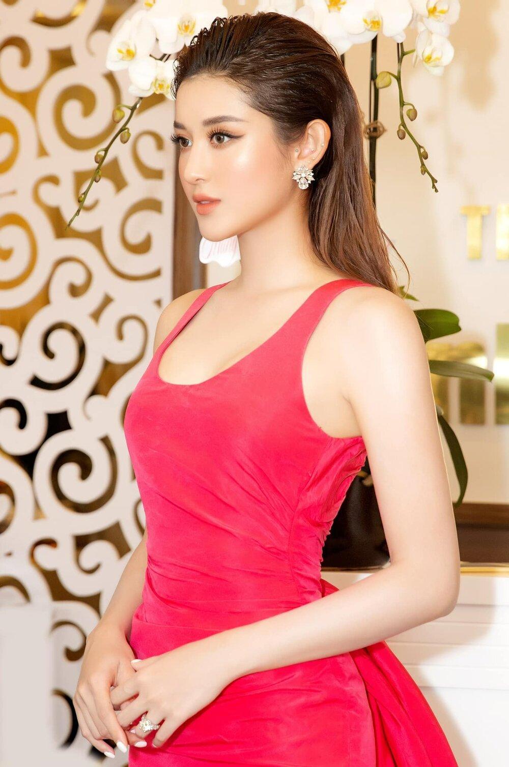 Á hậu Huyền My nền nã với sắc hồng ngọt ngào Ảnh 4