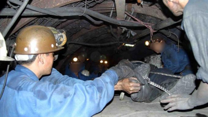 Công nhân mỏ than Dương Huy tử vong do va đập goòng Ảnh 1
