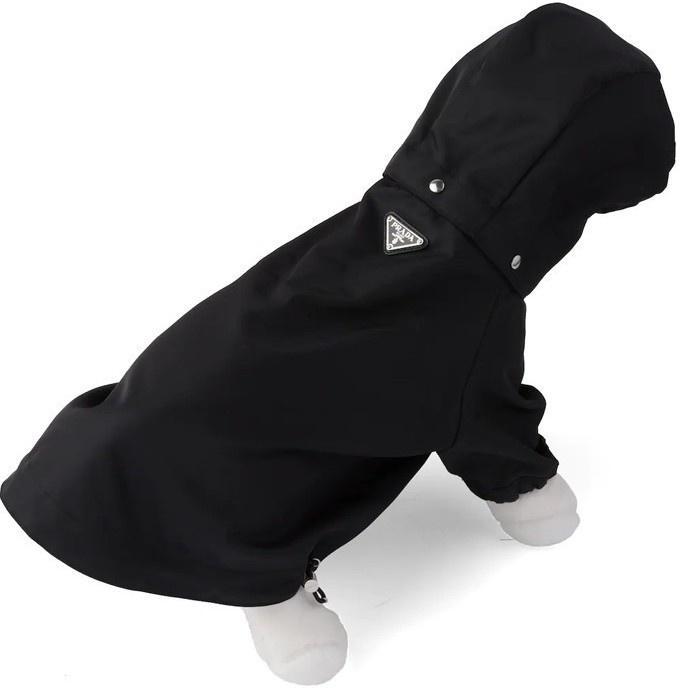 Prada bán áo mưa cho cún cưng với giá 520 USD Ảnh 2