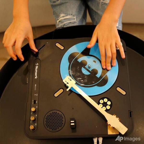 Cô bé 9 tuổi thành DJ trẻ nhất Dubai Ảnh 3