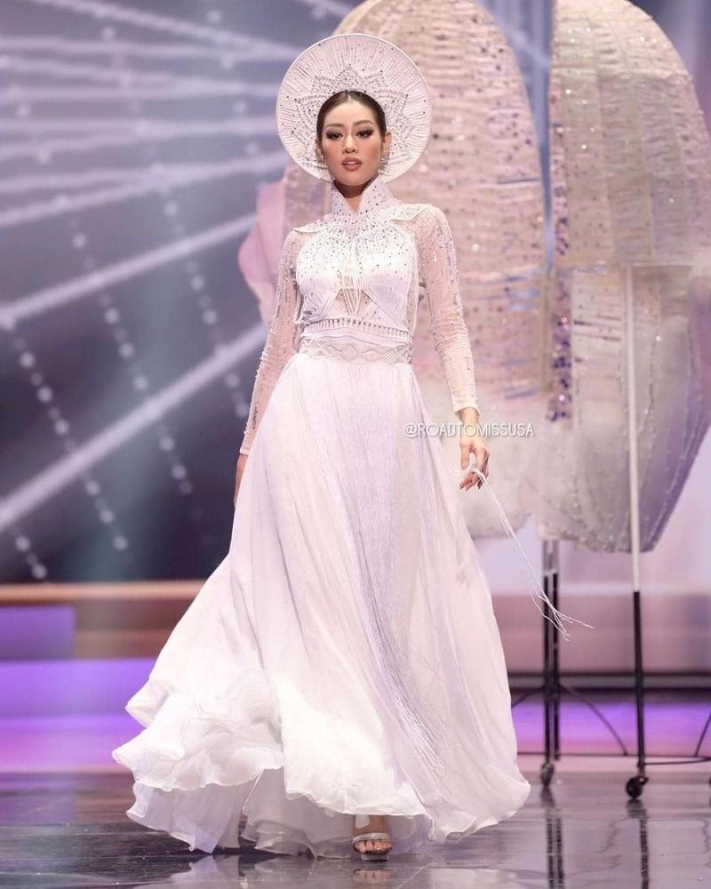 Stylist của Hoa hậu Khánh Vân nói về sự cố trang phục dân tộc Ảnh 1