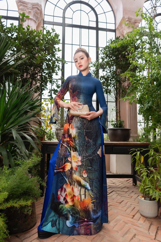 Áo dài Hoa sen truyền thống đón đầu xu thế năm 2021 Ảnh 3