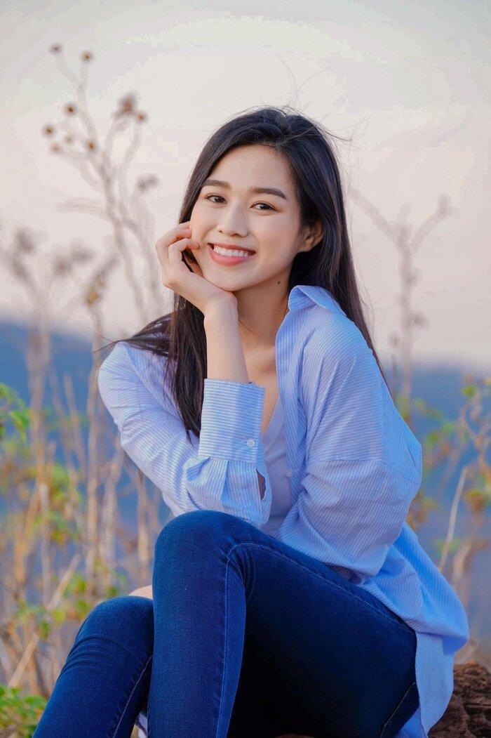Hoa hậu Đỗ Thị Hà khoe mặt mộc vừa mới ngủ dậy, fan hết lời khen ngợi vì quá xinh đẹp Ảnh 6