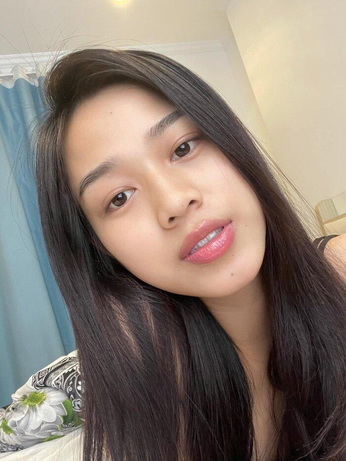 Hoa hậu Đỗ Thị Hà khoe mặt mộc vừa mới ngủ dậy, fan hết lời khen ngợi vì quá xinh đẹp Ảnh 4