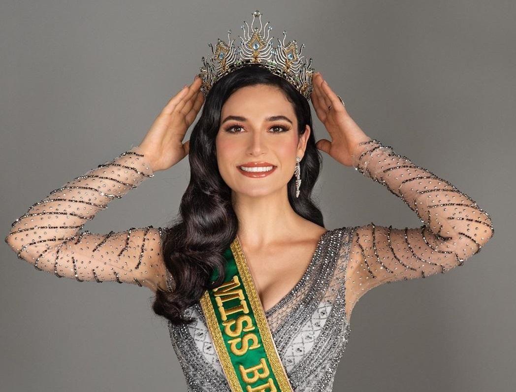 'Điềm báo' ngôi vị Á hậu 1 Miss Universe của đại diện Brazil: Tất cả đều đến từ nam MC? Ảnh 1