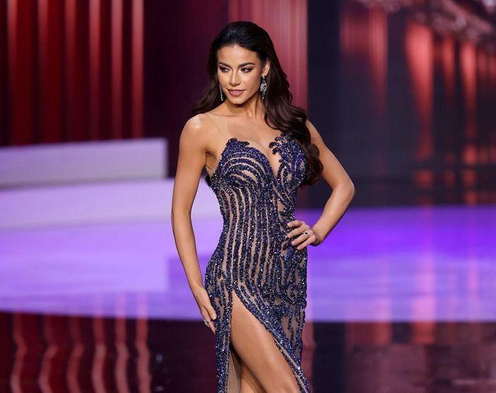 'Điềm báo' ngôi vị Á hậu 1 Miss Universe của đại diện Brazil: Tất cả đều đến từ nam MC? Ảnh 3
