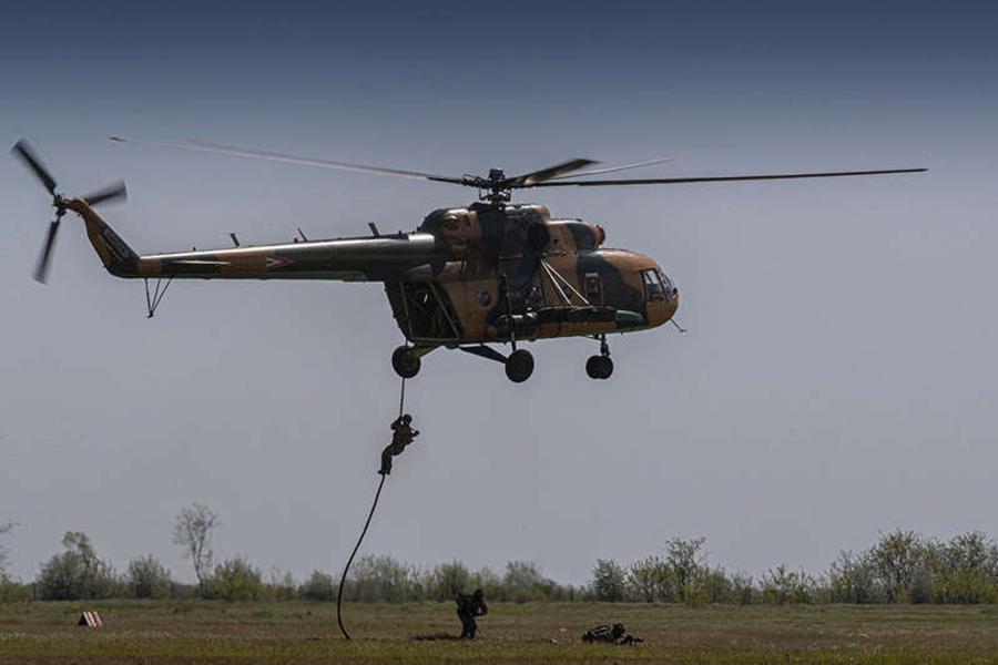 Bài tập chiến thuật của đặc nhiệm Mỹ tại khu vực chiến lược gần Nga Ảnh 2