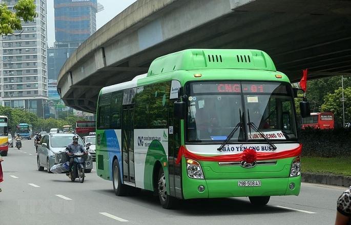 Hà Nội mở rộng vùng phục vụ 2 tuyến buýt sử dụng năng lượng sạch Ảnh 1