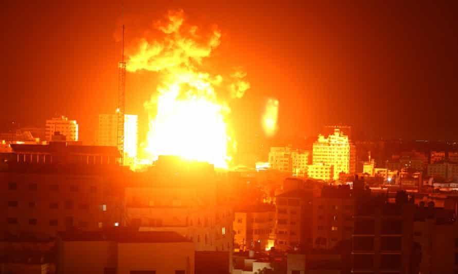 Israel không kích phòng xét nghiệm Covid-19 duy nhất ở Gaza Ảnh 1