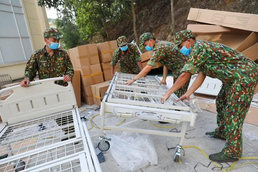 Bắc Giang thần tốc hoàn thành bệnh viện dã chiến trong ngày Ảnh 4