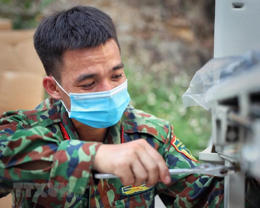 Bắc Giang thần tốc hoàn thành bệnh viện dã chiến trong ngày Ảnh 7