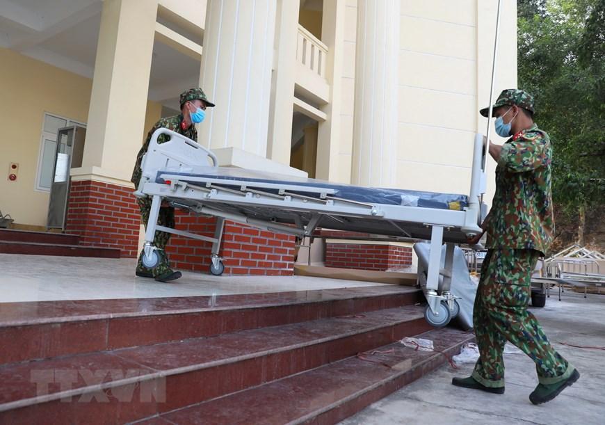 Bắc Giang thần tốc hoàn thành bệnh viện dã chiến trong ngày Ảnh 9