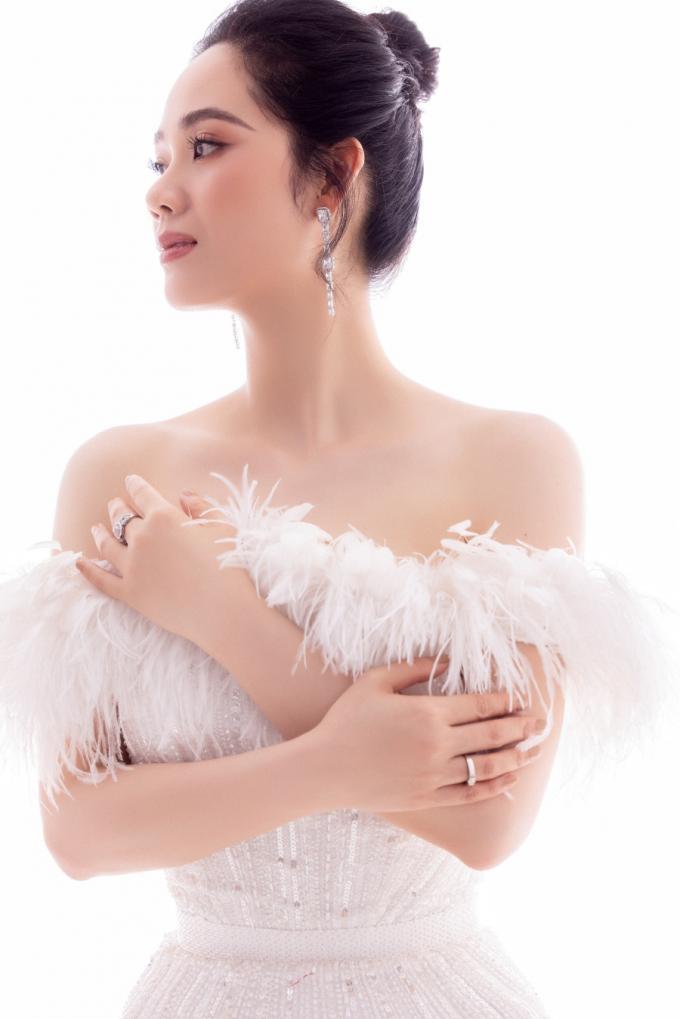 Sau 19 năm, cuộc sống top 3 Hoa hậu Việt Nam 2002 giờ ra sao? Ảnh 4
