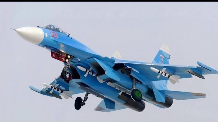 Vụ phi công Su-27 Liên Xô trả thù hành vi thô bỉ của thủy thủ Hải quân Mỹ Ảnh 1