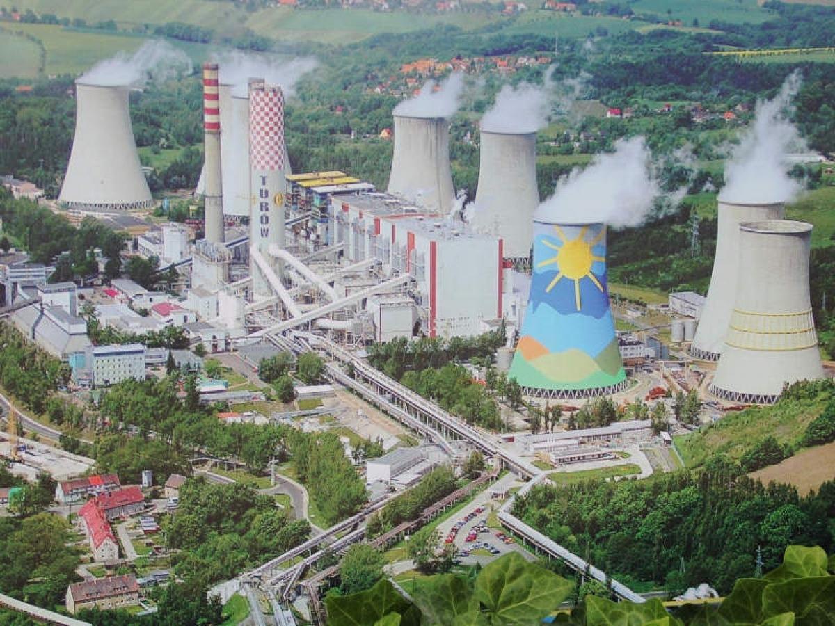 EU yêu cầu Ba Lan dừng khai thác mỏ than giáp biên giới Cộng hòa Séc Ảnh 1