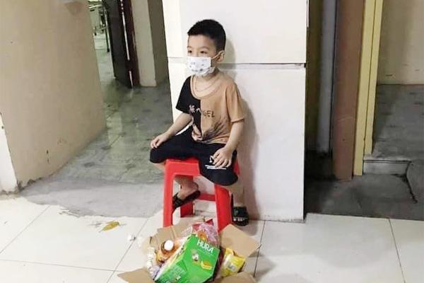 'Bệnh nhân nhỏ tuổi nhất vào viện một mình' dương tính SARS-CoV-2 Ảnh 1