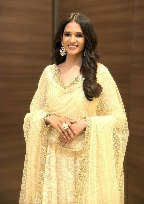 Đại diện Ấn Độ tại Hoa hậu Hòa bình Quốc tế 2021 Ảnh 9
