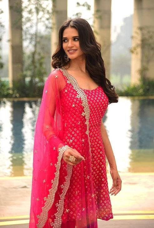 Đại diện Ấn Độ tại Hoa hậu Hòa bình Quốc tế 2021 Ảnh 10