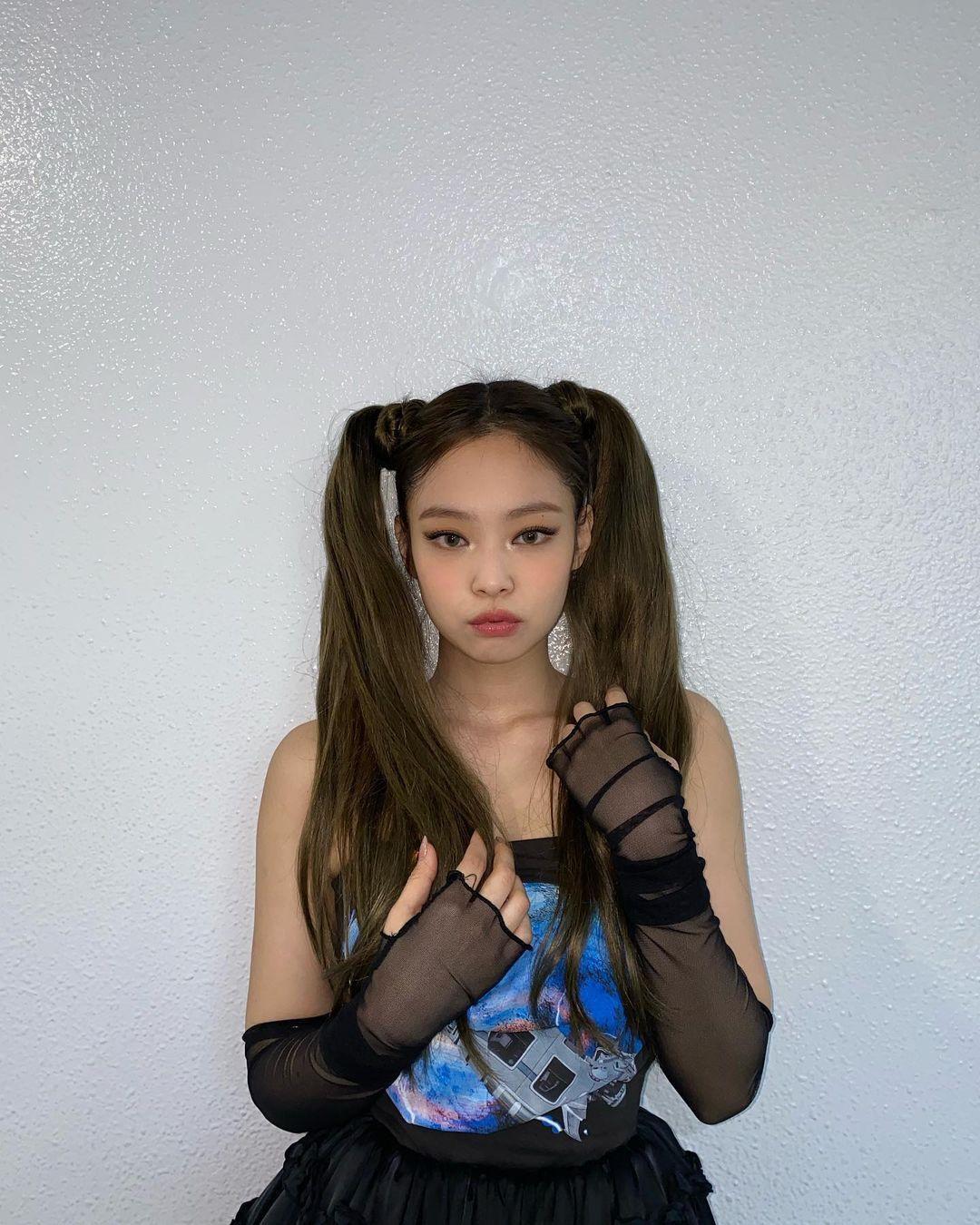 Jennie BLACKPINK gợi ý cho bạn 12 kiểu tóc 'hot trend', vừa phong cách lại dễ bắt chước! Ảnh 2