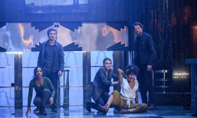 'Escape Room 2' tung trailer với cú lừa cực gắt, trở lại trò chơi sinh tử khốc liệt Ảnh 1