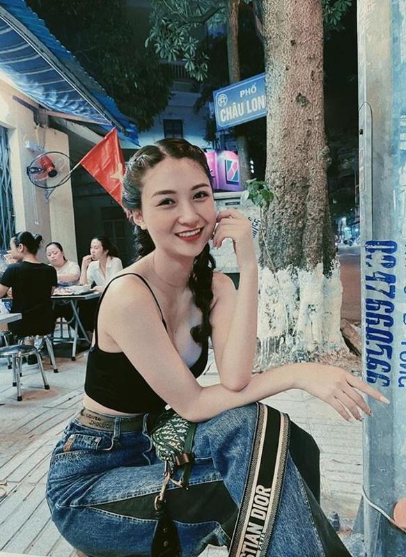 Đường cong 'mướt mắt' của diễn viên 'Về nhà đi con' từng thi hoa hậu Ảnh 1