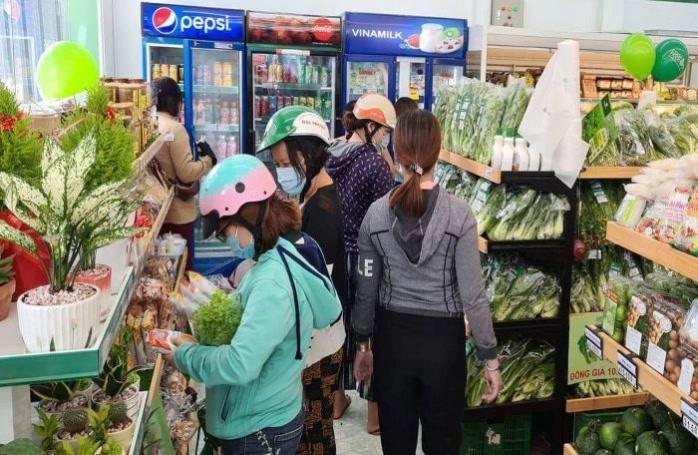 TP. HCM: Doanh thu bán lẻ hàng hóa tháng 5 tăng trưởng 5% Ảnh 1