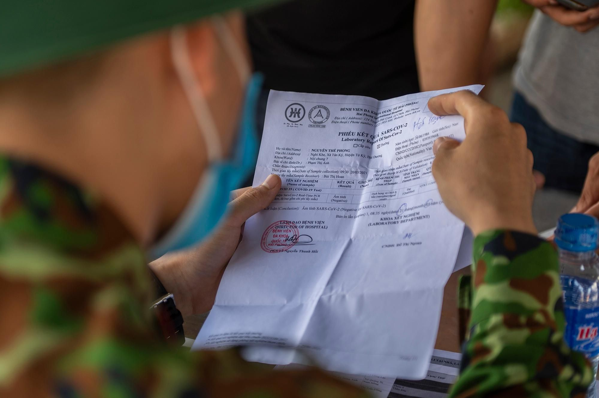 Người Hà Nội không qua được chốt kiểm dịch ở Quảng Ninh Ảnh 7