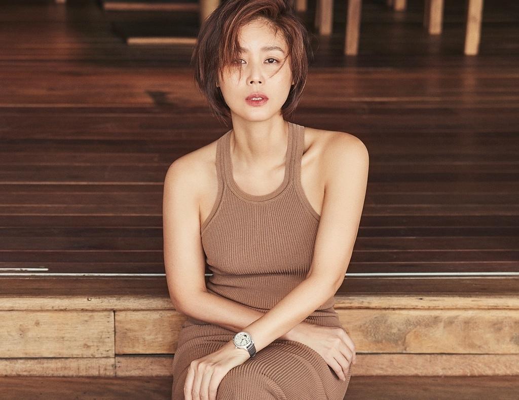 Hoa hậu Hàn Quốc và lời hứa 10 năm đầy xúc động với cô con gái nuôi người Việt Ảnh 1