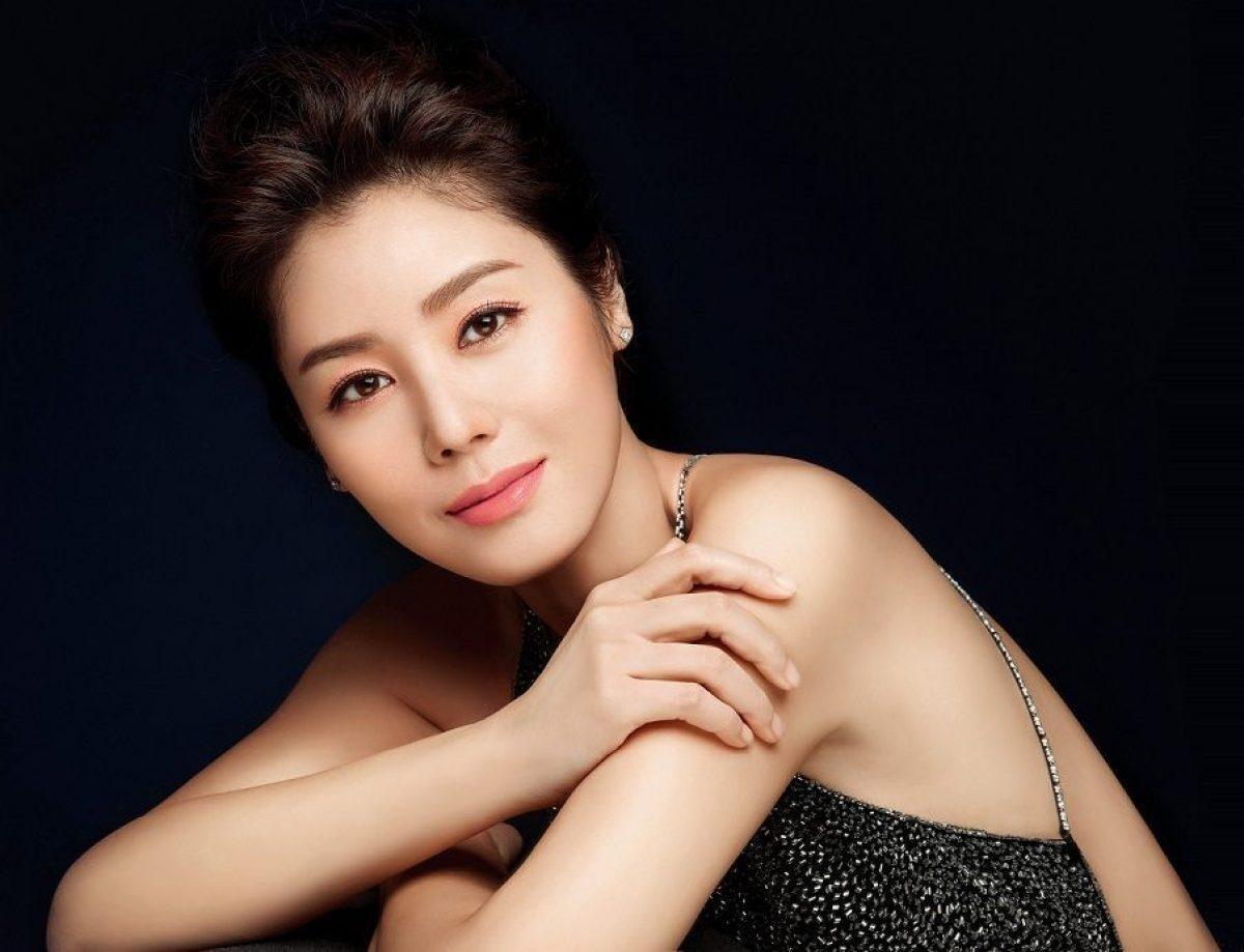 Hoa hậu Hàn Quốc và lời hứa 10 năm đầy xúc động với cô con gái nuôi người Việt Ảnh 5