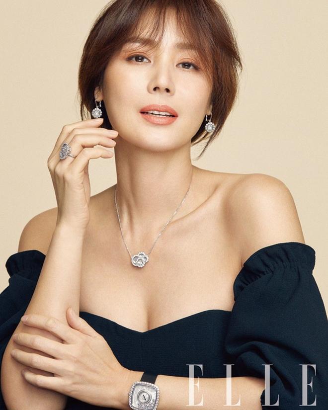 Hoa hậu Hàn Quốc và lời hứa 10 năm đầy xúc động với cô con gái nuôi người Việt Ảnh 4
