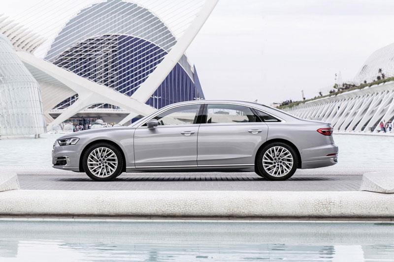 Top 10 xe hơi hạng sang tốt nhất năm 2021: Mercedes-Benz S-Class đứng áp chót Ảnh 5