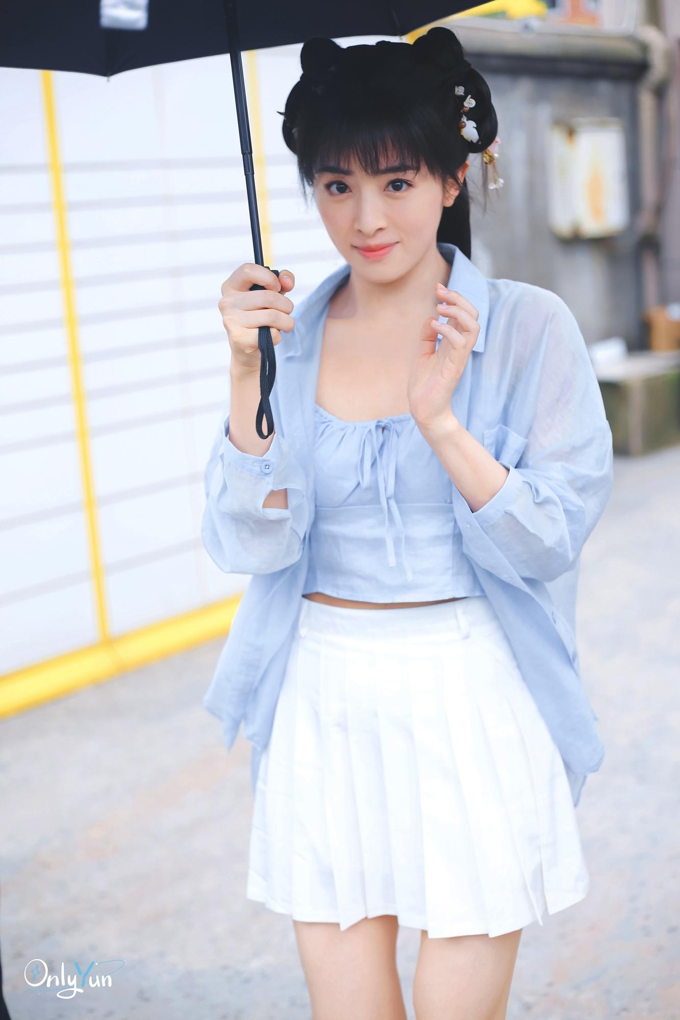 Trương Hàm Vận cầu xin paparazzi không chụp ảnh nhạy cảm Ảnh 2