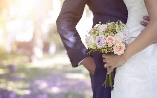 Đăng ảnh cưới lên facebook bị mẹ chồng mắng nhiếc vì sợ 'người yêu cũ' của chồng thấy sẽ buồn Ảnh 2