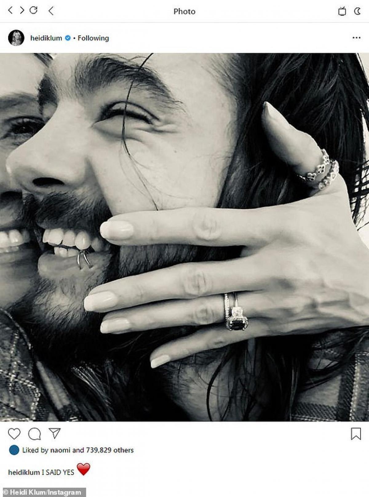 Heidi Klum và chồng trẻ 'khóa môi' lãng mạn trên hồ Wannsee ở Berlin Ảnh 7