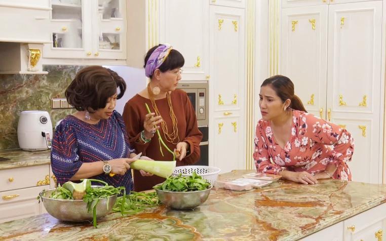 Nghệ sĩ Trung Dân công khai tình cảm với Phi Phụng ở Kiếm chồng cho mẹ chồng Ảnh 1
