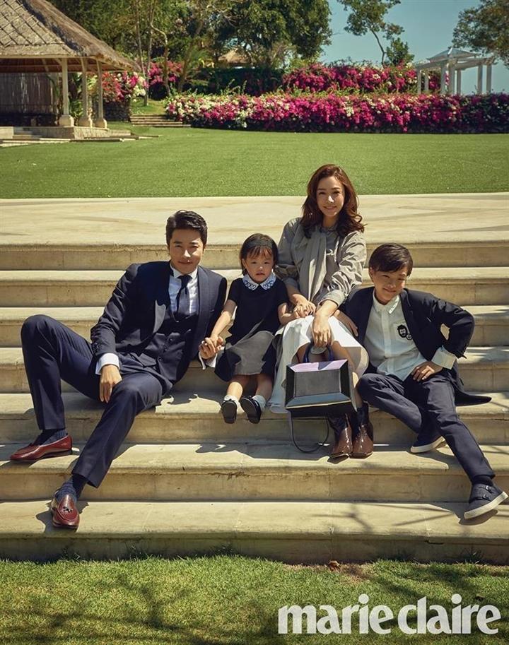 Hôn nhân của Kwon Sang Woo: Từ tin đồn 'đào mỏ' đến gia đình danh giá nhất Kbiz Ảnh 11