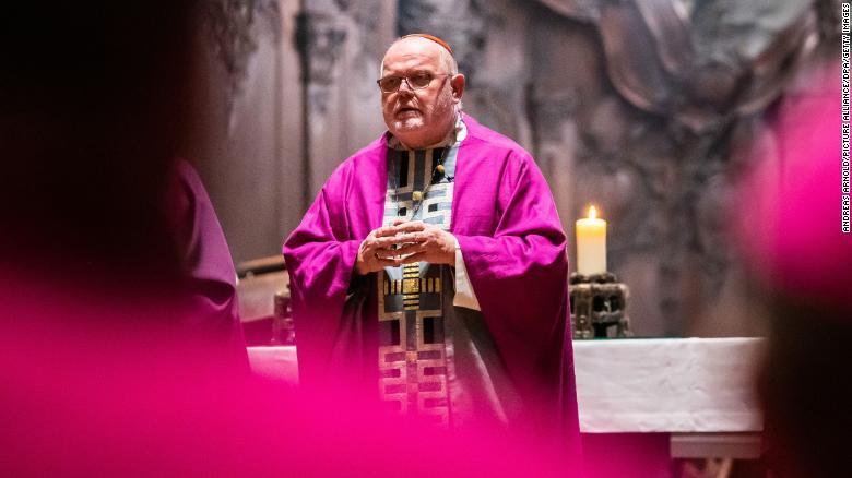 Tổng giám mục Đức từ chức vì 'thảm họa lạm dụng tình dục' Ảnh 1