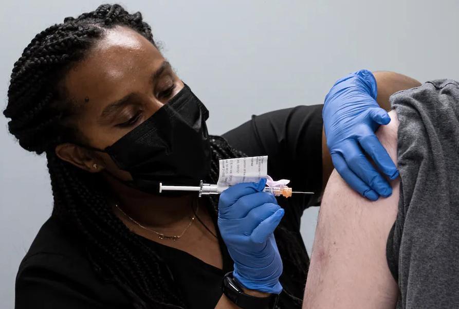 Cảnh báo thiếu vắc xin COVID-19 cấp cho cơ chế COVAX trong tháng 6-7 Ảnh 1
