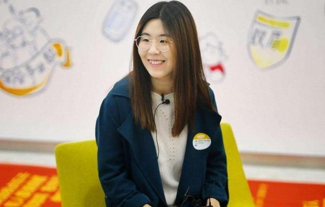 'Biểu tượng may mắn Trung Quốc' sống trong cảnh nợ nần Ảnh 1
