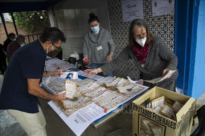 Bầu cử quốc hội giữa kỳ tại Mexico: Đảng Morena cầm quyền giành chiến thắng Ảnh 1