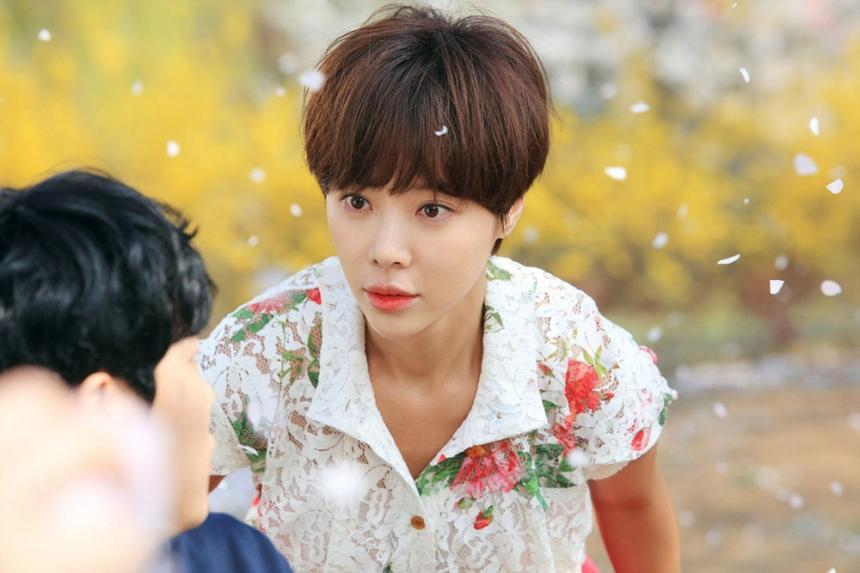 4 diễn viên Hàn đóng phim bao năm vẫn diễn hoài một nét: Xem Lee Min Ho làm đại gia mãi mà ngán tận cổ! Ảnh 4