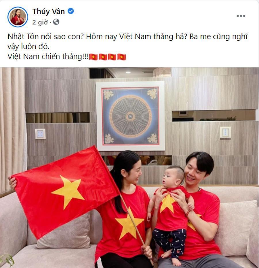 Dàn Hoa hậu, Á hậu nô nức cổ vũ, vỡ òa khi đội tuyển Việt Nam thắng 2-1 trước Malaysia Ảnh 3