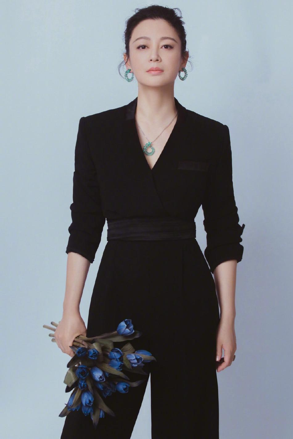 Nhan sắc tuổi 52 của 'Nữ diễn viên xinh đẹp nhất Trung Quốc' Ảnh 1