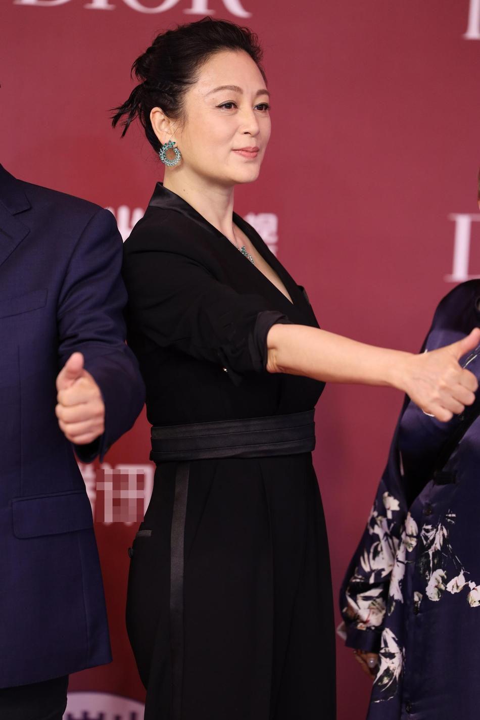 Nhan sắc tuổi 52 của 'Nữ diễn viên xinh đẹp nhất Trung Quốc' Ảnh 5