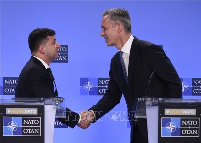 Lãnh đạo NATO, Ukraine điện đàm Ảnh 1
