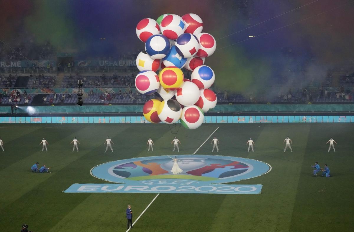 Lễ khai mạc EURO 2021: Đại tiệc âm thanh và ánh sáng Ảnh 6