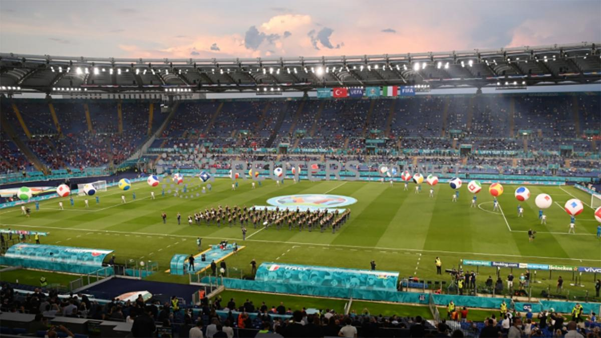 Lễ khai mạc EURO 2021: Đại tiệc âm thanh và ánh sáng Ảnh 1