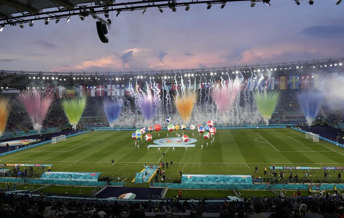 Lễ khai mạc EURO 2021: Đại tiệc âm thanh và ánh sáng Ảnh 3